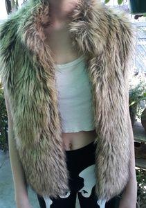 Ci Sono by Cavalini Faux Fur Vest AWESOME!!!